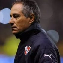 Universidad Católica oficializó a Ariel Holan como su nuevo entrenador