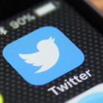 Contraloría determina que autoridades no podrán bloquear usuarios en redes sociales si entregan información pública