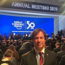 """Ministro Palacios desde Suiza: """"Aquí nadie puede creer que Chile no esté aprovechando las condiciones económicas internacionales para crecer"""""""