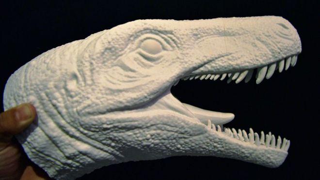 """Cómo era el dinosaurio """"más feroz que el Tyrannosaurus rex"""" cuyos restos se encontraron en Sudamérica"""