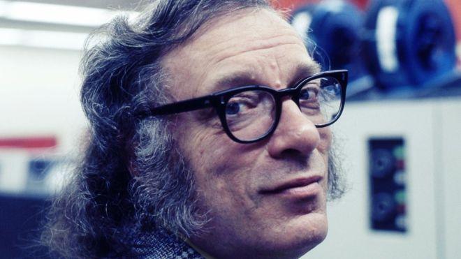 Centenario de Isaac Asimov: 5 emblemáticas obras del visionario autor de ciencia ficción
