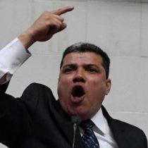 Venezuela: quién es Luis Parra, el polémico diputado que se proclamó