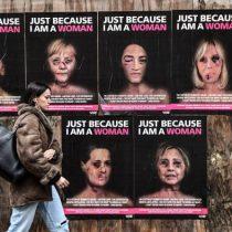 Campaña en Italia muestra a líderes mujeres con su rostro golpeado