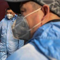 Suben a 213 las muertes en China por epidemia de coronavirus