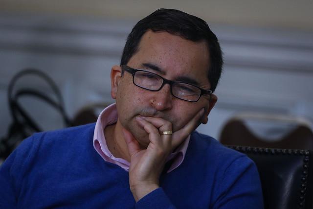 Cambiarían de parecer: Diputados González y Jiles anuncian respaldo a voto obligatorio solo si se apoya reforma que adelanta elecciones presidenciales