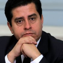 """Senador Araya: """"Codelco quiere hacernos creer que es una pyme"""""""