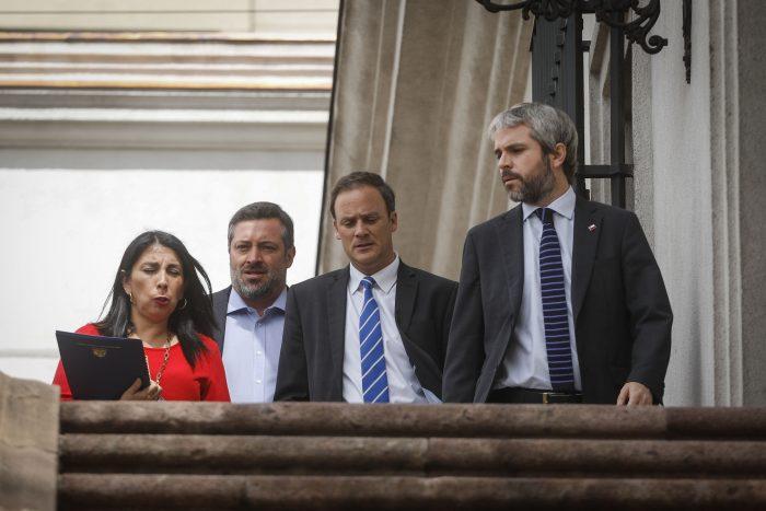 Cuando el río suena: Chile Vamos sale a poner paños fríos ante rumores de cambios en el comité político