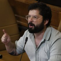 """""""Somos puros hombres en el panel y eso hoy es un problema"""": Gabriel Boric abandonó debate político televisivo ante falta de mujeres"""