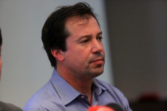"""Secretario general UDI: """"Lamentamos la decisión del ministro Lucas Palacios, queremos tenerlo de vuelta lo antes posible"""""""