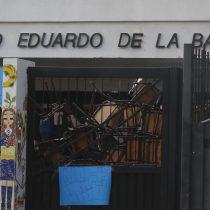 Boicot a la PSU: suspenden prueba en Quellón y en colegio de Valparaíso que amaneció tomado
