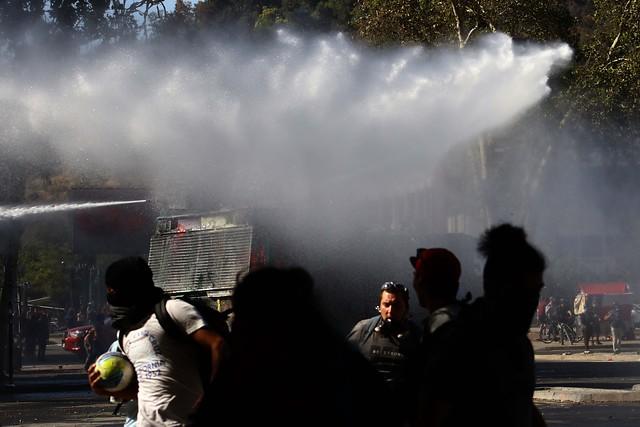 Partido Progresista insiste en renuncia de Rozas y suma a Bassaletti por accionar de Carabineros en última jornada de protestas