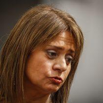 """""""Una mujer con coraje y convicción"""": Van Rysselberghe elogia a exministra Cubillos tras su renuncia"""