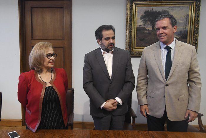 Harboe deja vía libre para que Adriana Muñoz asuma la presidencia del Senado