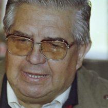 Ejército apela a resolución que ordenó retirar imágenes de Manuel Contreras de sus instalaciones