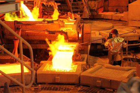 Coronavirus golpea al sector minero: Gobierno proyecta que Chile dejará de producir 10 mil toneladas de cobre