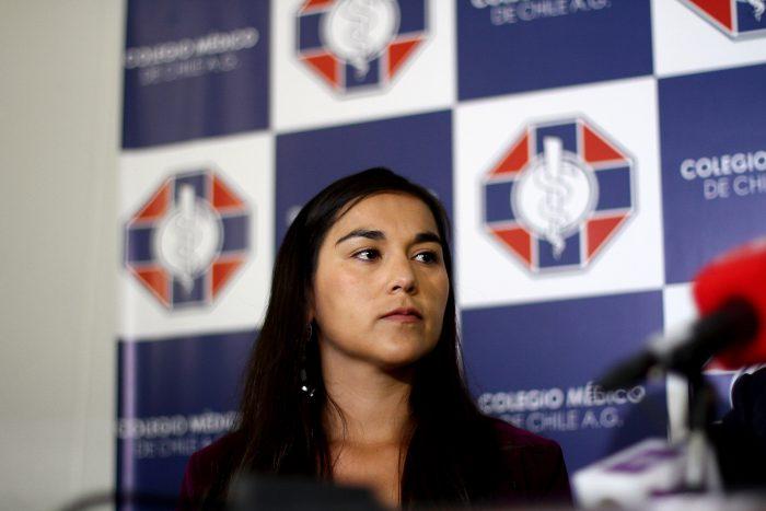Presidenta del Colegio Médico arremete nuevamente contra el Gobierno y su manejo de la pandemia: