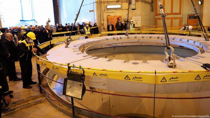 París, Berlín y Londres abren la puerta a salir del acuerdo nuclear con Irán