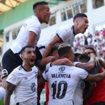 Celebran los hinchas albos: Colo Colo cumple 96 años desde su fundación