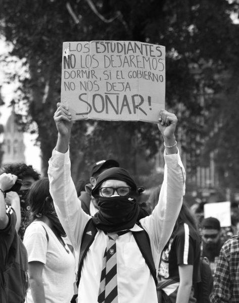 Acción-poder y acontecimiento político en la funa a la PSU