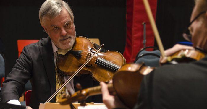 """Violista del American String Quartet: """"Tocar tantos años juntos es como estar en un matrimonio, es muy importante tener buen sentido del humor"""""""