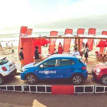 Marca italiana lleva a la playa para test drive sus modelos más icónicos