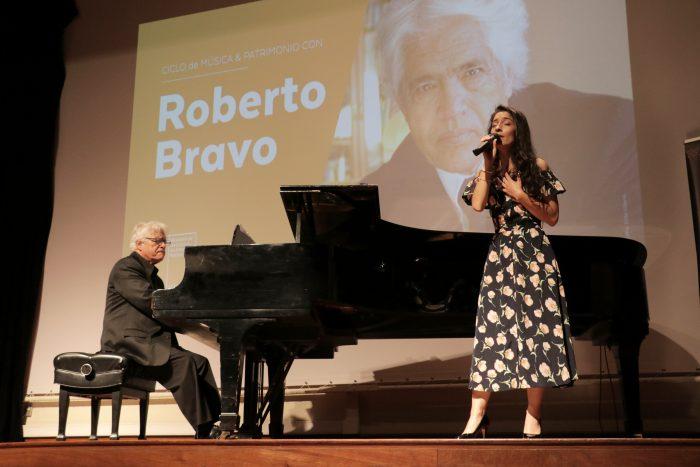 Emotivo e histórico concierto de Roberto Bravo en la Biblioteca Nacional