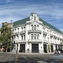 Restauran emblemático Palacio Íñiguez en Santiago
