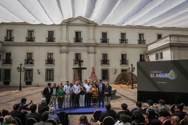 """""""Chile se está secando"""": Gobierno lanza campaña #CuidemosElAgua"""