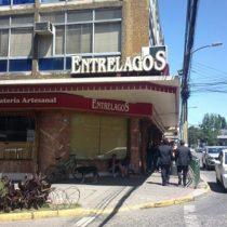 La curiosa aplicación de la Ley antisaqueos: Fiscalía la invoca por robo de chocolates en Valdivia