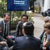 """Gobierno pone el foco en la """"hoja de ruta 2020"""" en el consejo de gabinete ampliado que se desarrolla en La Moneda"""