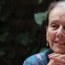 A los 99 años murió la escritora Mónica Echeverría