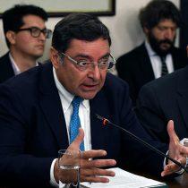 Guevara no cede ni un centímetro: intendente se defiende ante comisión e insiste en endosarle la responsabilidad a Carabineros