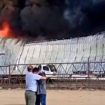 Industria de productos químicos ubicada en Placilla sufrió gran incendio