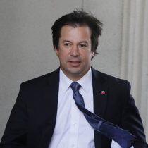 """Ministro Palacios ante constante incremento del dólar: """"lo importante son las alzas permanentes"""""""
