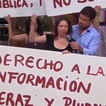 """Trabajadores de TVN interrumpen matinal """"Buenos Días a Todos"""" para manifestarse por """"incumplimiento de la misión pública"""""""