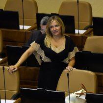 Diputada Hoffmann asume responsabilidad por ausencia de Joaquín Lavín Jr. en el Congreso