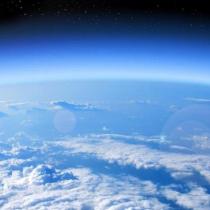 Una buena entre tantas: corregir el agujero en la capa de ozono ralentiza el calentamiento del Ártico