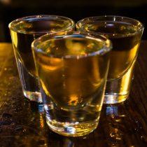 Advierten riesgos por uso y abuso de alcohol en condiciones de aislamientos