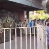 Manifestaciones al interior del Liceo 7 de Ñuñoa obligan a suspender PSU de Matemáticas