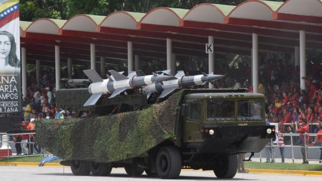 Venezuela: de qué tipo son y por qué estaban allí los misiles desplegados por el ejército cuando Juan Guaidó regresó al país