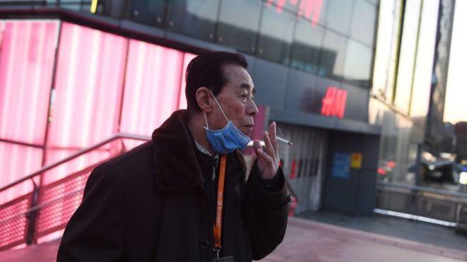 Coronavirus: ¿a qué se puede deber que más hombres que mujeres hayan sido afectados por la epidemia en China?
