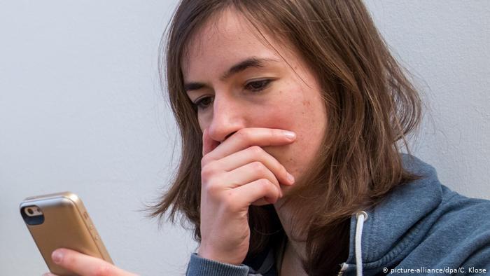 Cyberflashing: ¿por qué hombres mandan fotos sexuales?