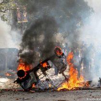 Justo antes de la llegada de Trump: cinco muertos y 90 heridos dejan protestas en la India