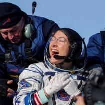 Christina Koch bate el récord de permanencia de una mujer en órbita