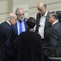 """Militantes PS: Insulza y Quinteros """"han causado un inestimable daño a la imagen del partido"""""""