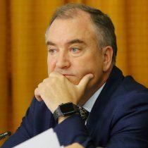 """""""Hay que trabajar para ponerle cárcel al cohecho"""": vicepresidente de Evópoli enciende conflicto con la UDI por caso Hasbún"""