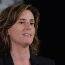 Marcela Cubillos instruye investigar y sancionar hostigamiento contra hijos de carabineros
