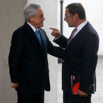 Guevara regresa a sus funciones y es recibido por el Presidente Piñera tras zafar de la acusación constitucional