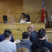 Decretan prisión preventiva para cinco ex carabineros involucrados en dos golpizas en Puente Alto