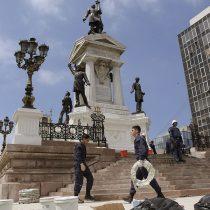 Intendencia de Valparaíso anuncia querella por Ley de Seguridad del Estado contra responsables de ataque a Monumento a los Héroes de Iquique